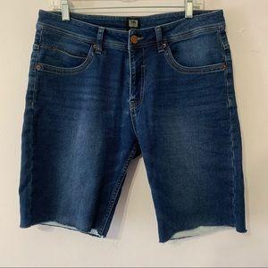 Point Zero Denim Vintage Bermuda Shorts size 32